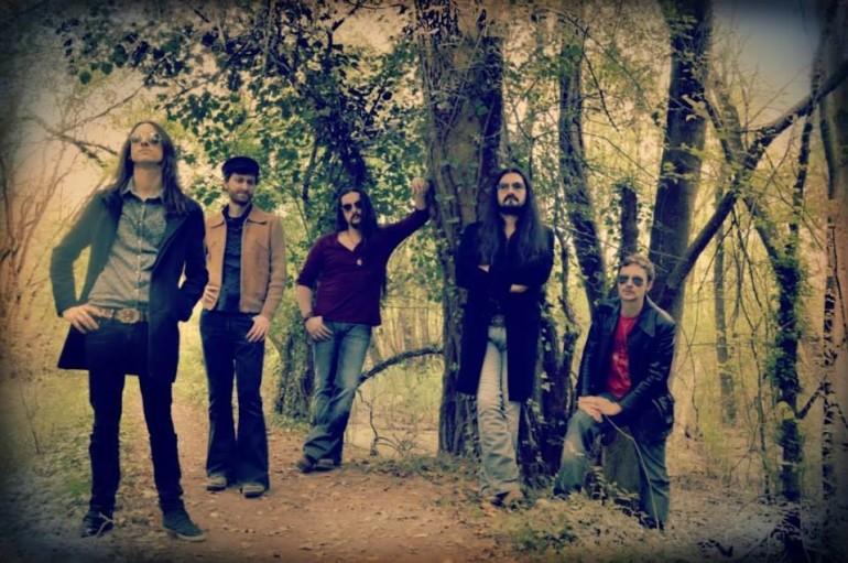 Witchwood: С пригоршней звёзд